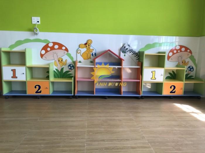 Tủ kệ gỗ trẻ em cho trường mầm non, lớp mẫu giáo, gia đình18