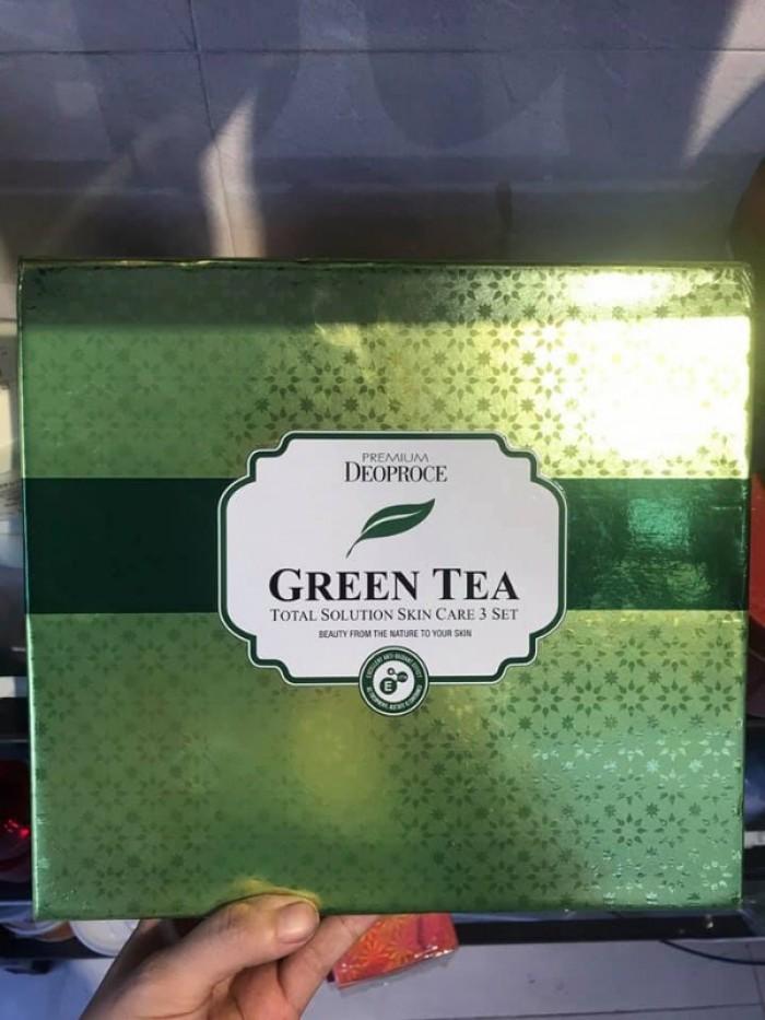 Set dưỡng da trà xanh DEOPROCE2