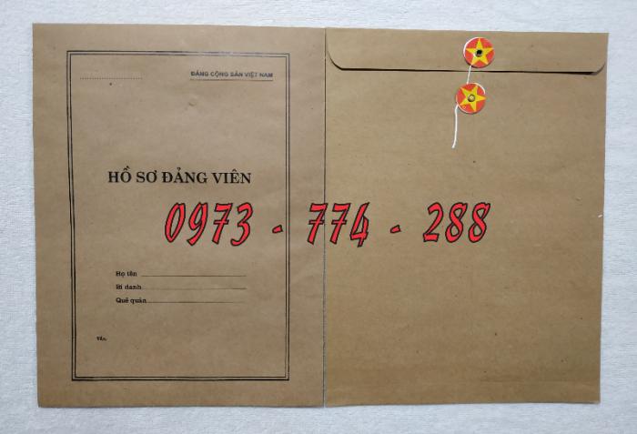 Bán lý lịch của người  xin vào đảng gồm có quyển bìa trắng, bìa xanh, bìa màu búa liềm12