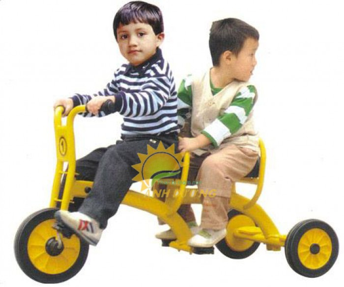 Xe đạp 3 bánh cho trẻ em mầm non tập đi giá cực SỐC8