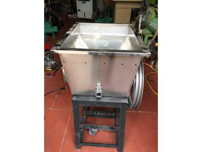 Mua Máy cắt cá Máy băm cá giá rẻ Gọi 0986387472  : Điện Máy Xuân Phú giao hàng toàn quốc