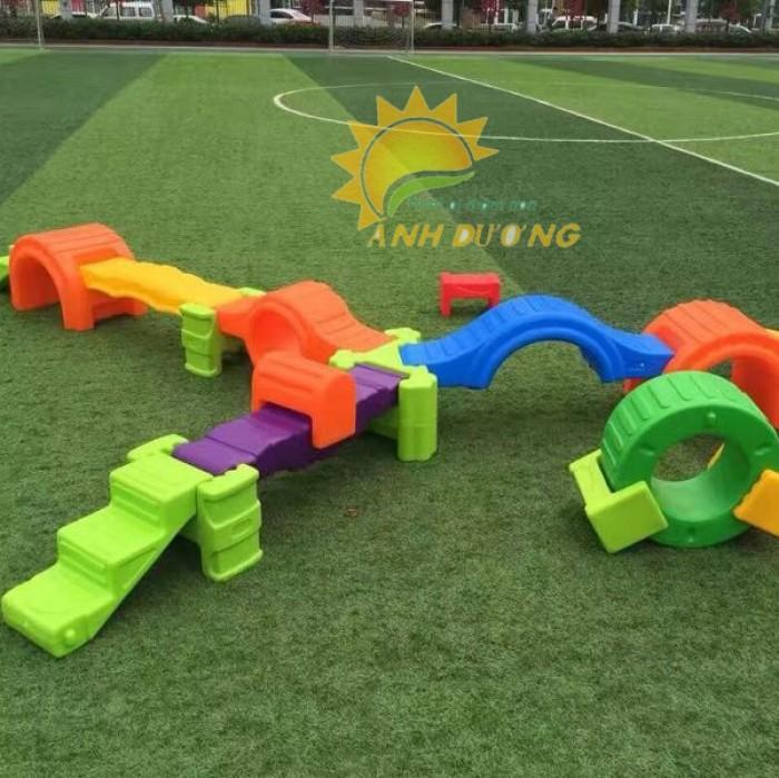 Cỏ nhân tạo trang trí cho trường mầm non, sân chơi, khu vui chơi, TTTM6