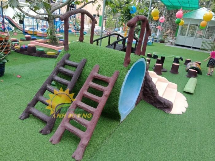 Cỏ nhân tạo trang trí cho trường mầm non, sân chơi, khu vui chơi, TTTM9