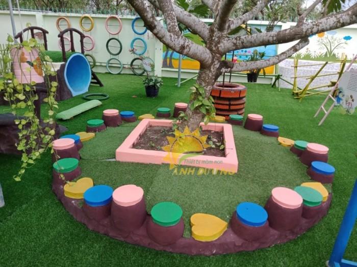 Cỏ nhân tạo trang trí cho trường mầm non, sân chơi, khu vui chơi, TTTM7