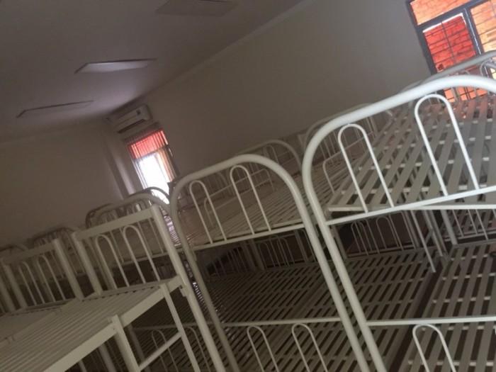 GIường sắt 2 tầng sỉ 999k0