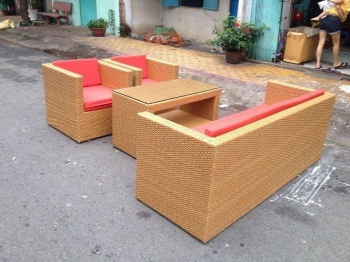 Bộ bàn ghế nhà hàng cafe sân vườn  giá siêu rẻ..2