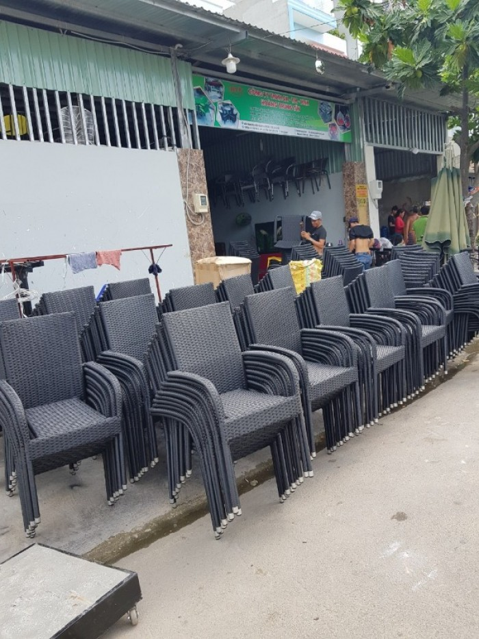 Cần bán gắp 200 ghế diana hai màu đen sám..2