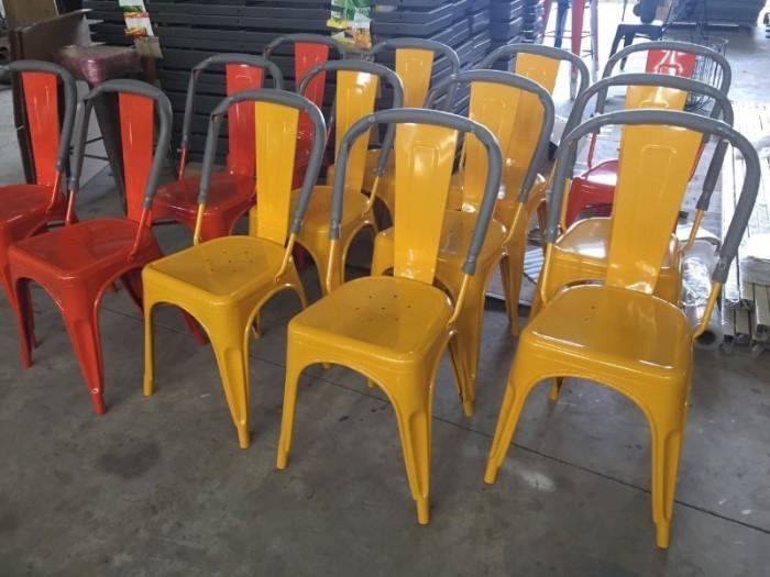 Ghế tolix nhiều màu giá rẻ..4