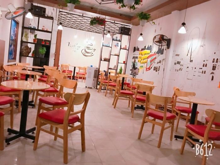 Chuyên si lẻ các loại bàn ghế cafe quán nhậu giá rẻ nhất..2