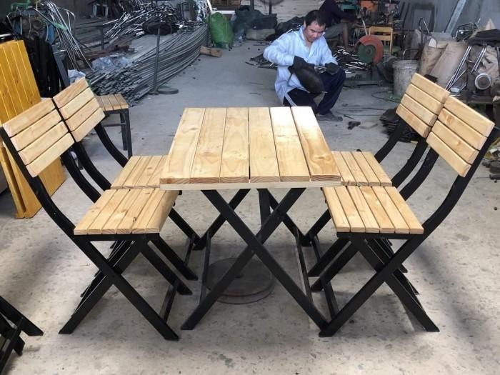 bàn ghế quán nhậu chân sắc sơn tỉnh điện mặt bằng gổ làm tại xưởng sản xuất ANH KHOA 44440