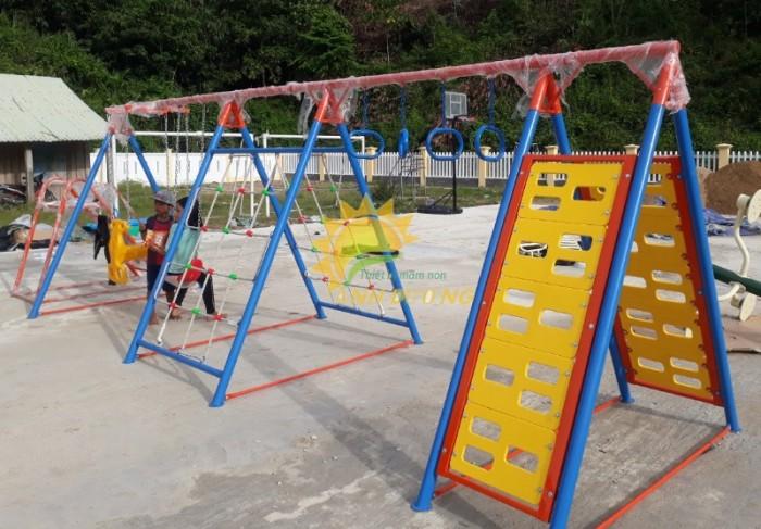 Chuyên xích đu liên hoàn cho trường mầm non, công viên, khu vui chơi