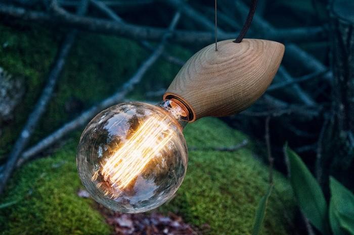 Đèn gỗ con Ong thả trần trang trí BEE2020 tại HCM5