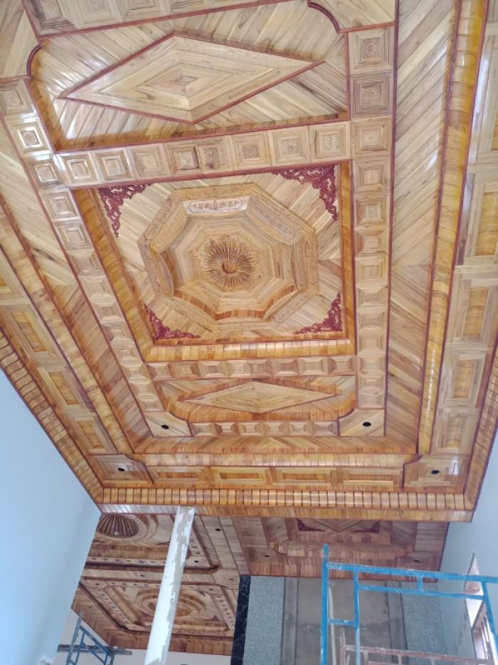 Chuyên thi công trần gỗ1