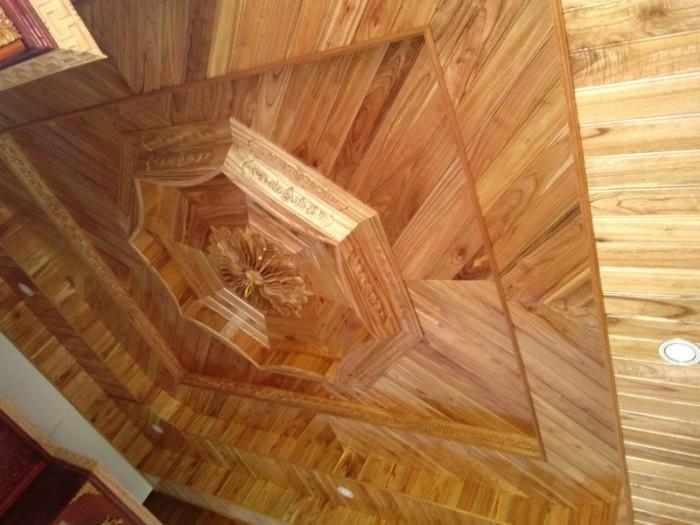 Chuyên thi công trần gỗ2