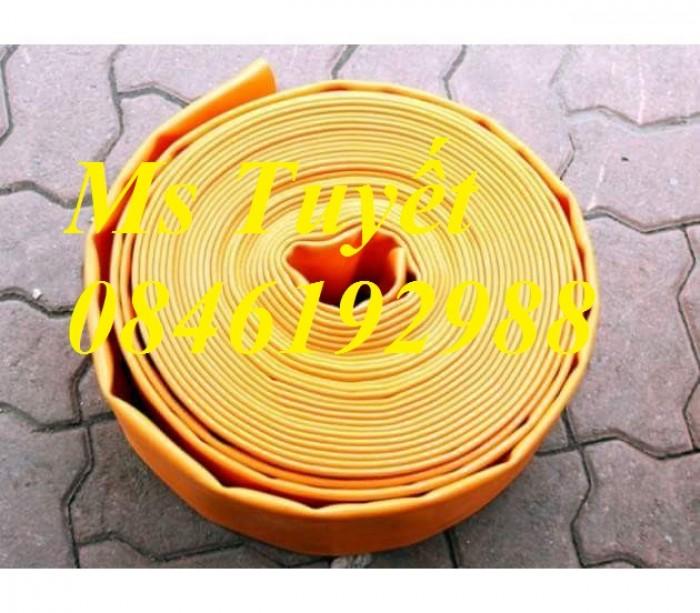 Ống bạt PVC hút nước màu xanh, hút cát màu vàng, tải sỏi màu tím0
