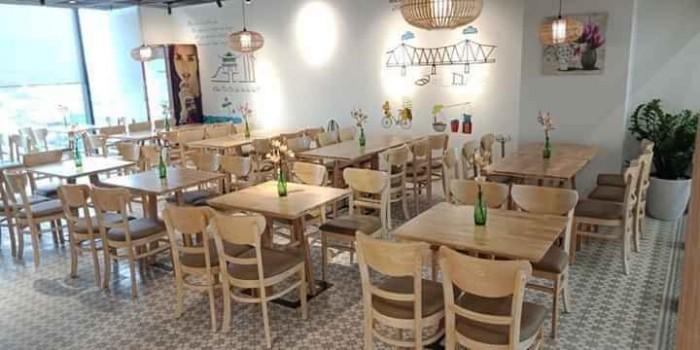 Bàn ghế dùng cho quán ăn nhà hàng sang trọng..2