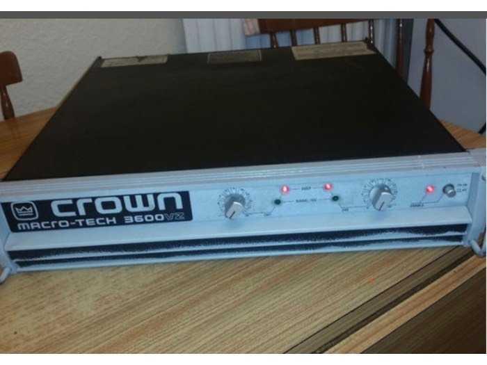 Đẩy Crown 3600vz1