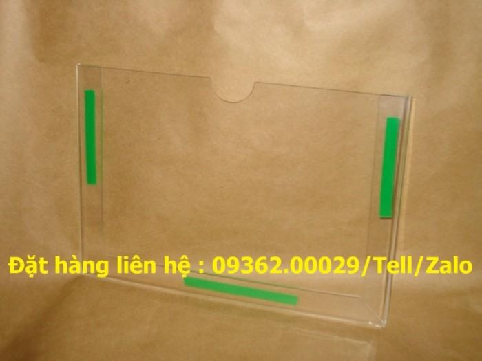 Sản phẩm kệ checklist treo tường, hộp mica giá rẻ15