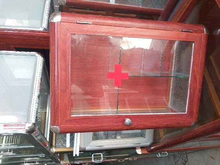 Tủ nhôm kính loại tủ y tế0