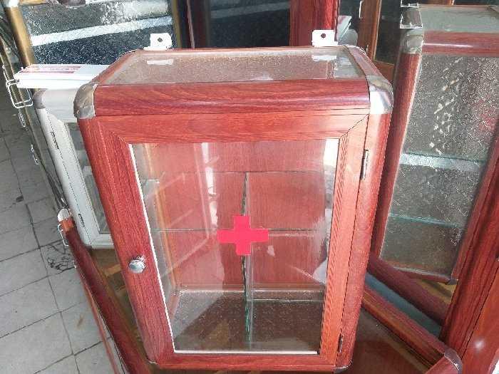 Tủ nhôm kính loại tủ y tế3