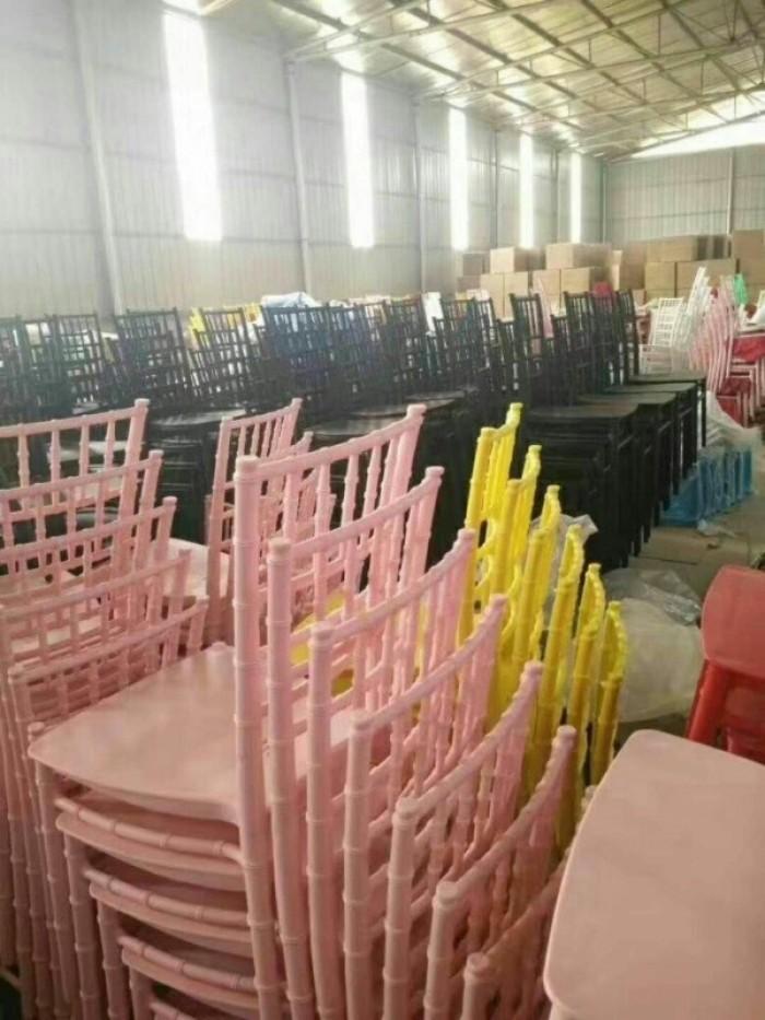 Thang lý ghế nhà hàng sắt sơn tỉnh điện cao cấp4