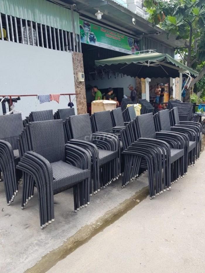 Công ty TNHH SX – TM – XNK HOÀNG TRUNG TÍN  chuyên sản xuất  bàn ghế dùng cho các công trình quán : cafê,nhà hàng,quán ăn,bar,resort…Với giá cả  cạnh tranh của nhà sản xuất,nhiều mẫu mã đa dạng,bảo hành 12 tháng,vận chuyển  miễn phí,uy tín và chất lượng hàng đầu.   Đặc biệt :          -     Giảm giá khi đặt số lượng lớn ( trên 50 bộ )           -     Có đội ngũ nhân viên tư vấn miễn phí           -   Đặt hàng theo mẫu mã yêu cầu          -    Khuyến mãi khi đến đặt hàng trực tiếp tại công ty Quí khách có nhu cầu xin vui lòng liên hệ :  Công ty TNHH SX – TM – XNK HOÀNG TRUNG TÍN Địa chỉ :  Xưởng Sản Xuất : 471/74 ĐƯỜNG TÂN THỚI HIỆP 21 , KHU PHỐ 1A , PHƯỜNG TÂN THỚI HIỆP , QUẬN 12 , THÀNH PHỐ HỒ CHÍ MINH  Văn Phòng Đại Diện :69/8/24 Đường Tân Sơn , Phường 12 , Quận Gò Vấp , Thành Phố Hồ Chí Minh   Điện Thoại : 08 66 757 298 – 0988777794 - Gặp Chị Vy  -  0908456528 Gặp Anh Sơn   Website : http://www.hoangtrungtin.com            Email : noithathoangtrungtin138@gmail.com Email : noithathoangtrungtin777794@gmail.com  0