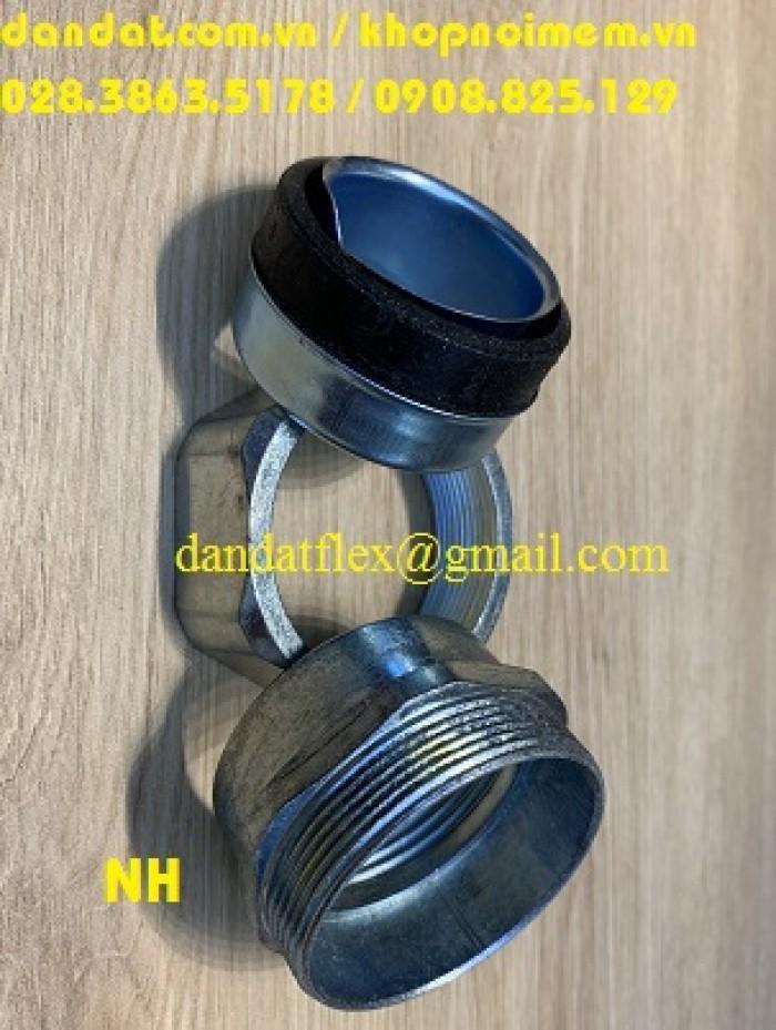 Đầu nối ống ruột gà lõi thép bọc nhựa6