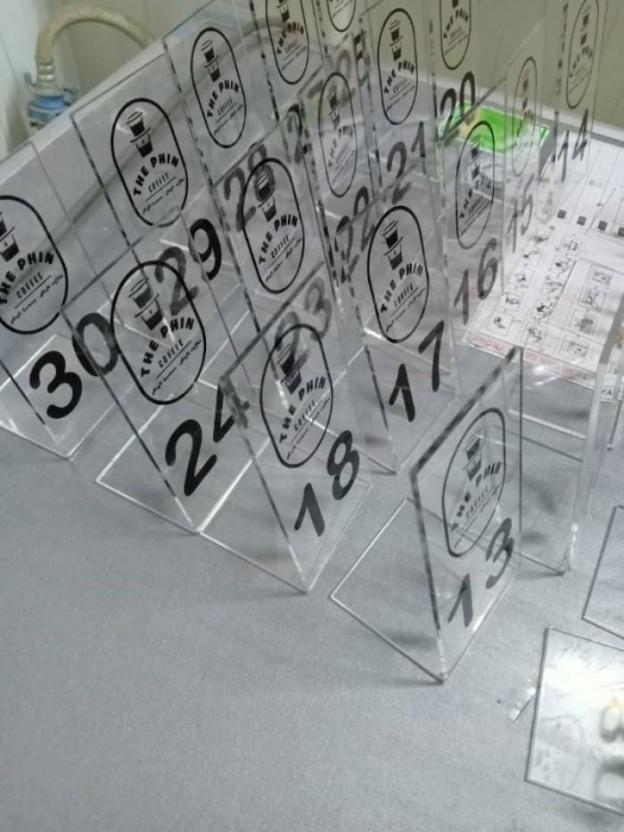 Bảng số để bàn mica giá sỉ toàn quốc14