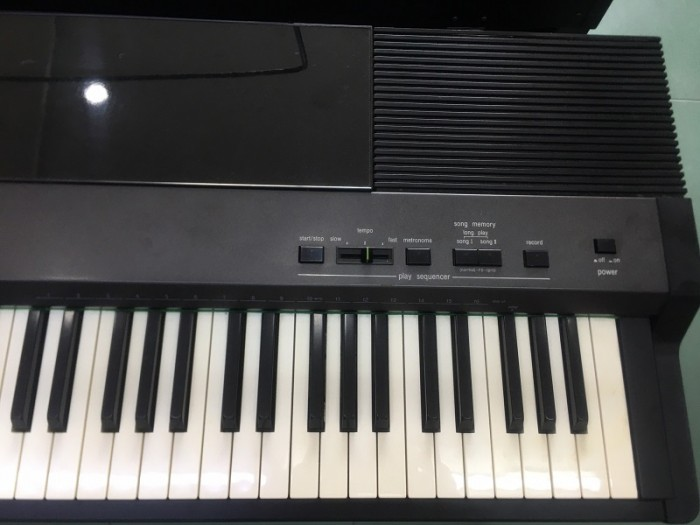 Piano điện fp7s1