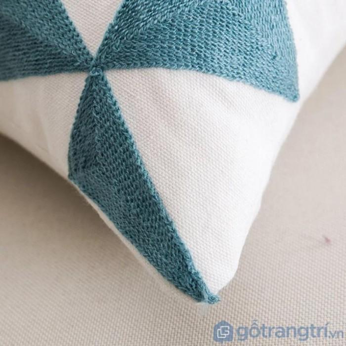 Gối tựa lưng họa tiết vải lanh trang trí sofa GHO-1184