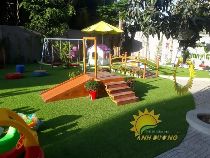 Nhận cung cấp và thi công cỏ nhân tạo cao cấp cho trường mầm non, sân chơi