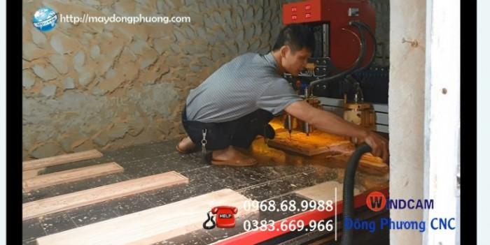 Giá máy đục gỗ vi tinh 4 mũi Đông Phương Hà Nội1
