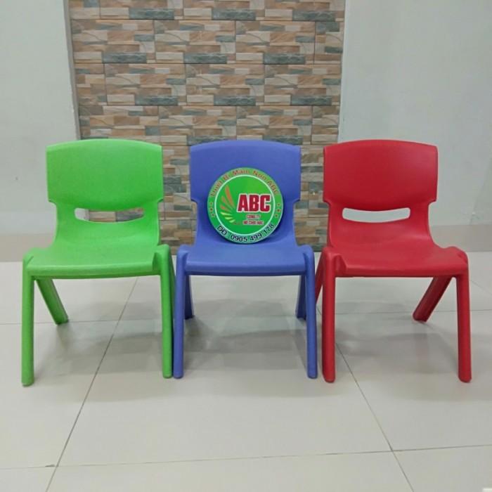 ghế nhựa đúc mầm non chất lượng cao tại quy nhơn12