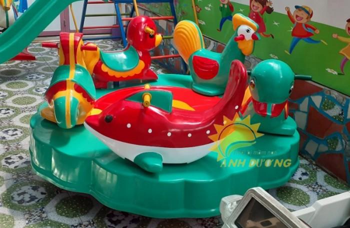 Mâm xoay vận động cho trường mầm non, công viên, khu vui chơi, TTTM7