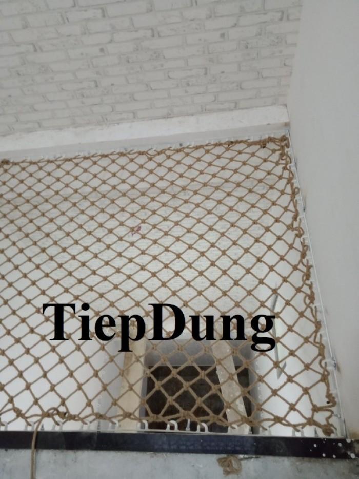 Lưới giếng trời an toàn nằm thư giãn,lưới dây thừng trang trí an toàn8