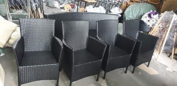 Công ty cần bán gấp số lượng lớn bàn ghế dùng cho quán cafe, giá rẻ4