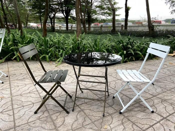 Bàn ghế sắt mỹ nghệ nhiều màu rẻ và đẹp2
