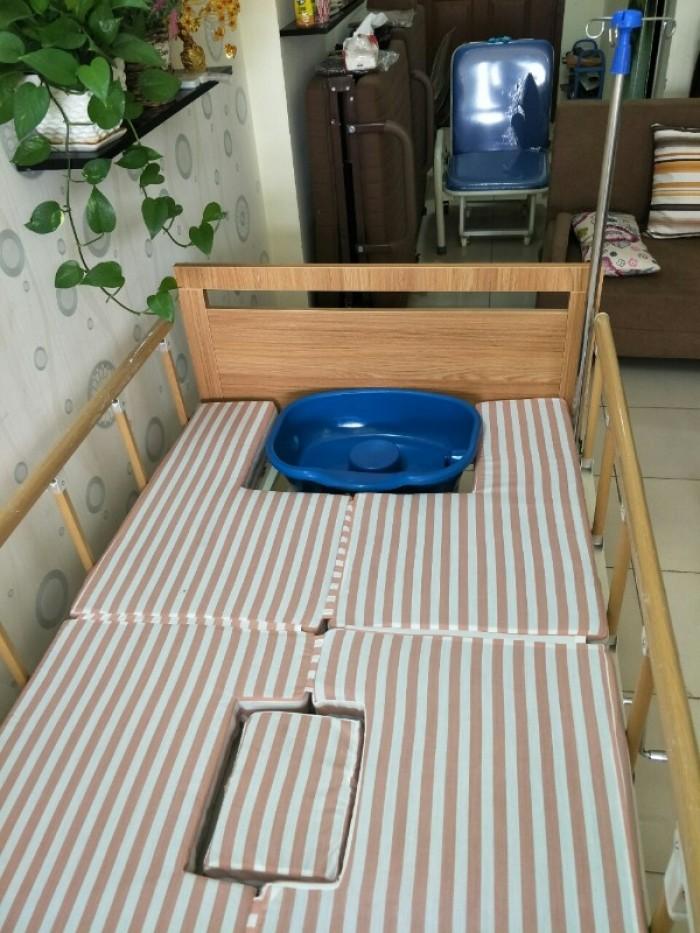 SALE KHỦNG cuối tháng 06 - Với 2 mẫu giường bệnh đa chức năng4