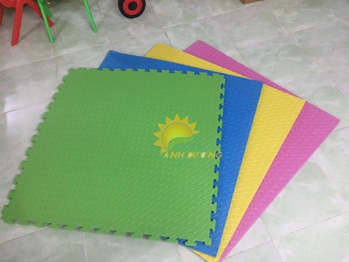 Thảm xốp lót sàn nhiều màu sắc cho trường lớp mầm non, gia đình0