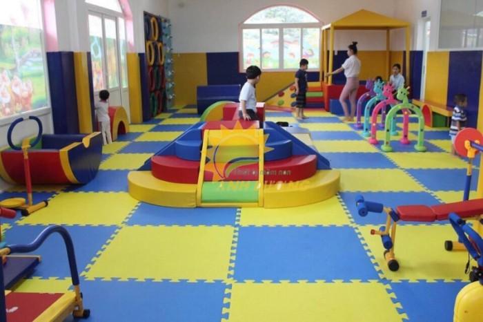 Thảm xốp lót sàn nhiều màu sắc cho trường lớp mầm non, gia đình7