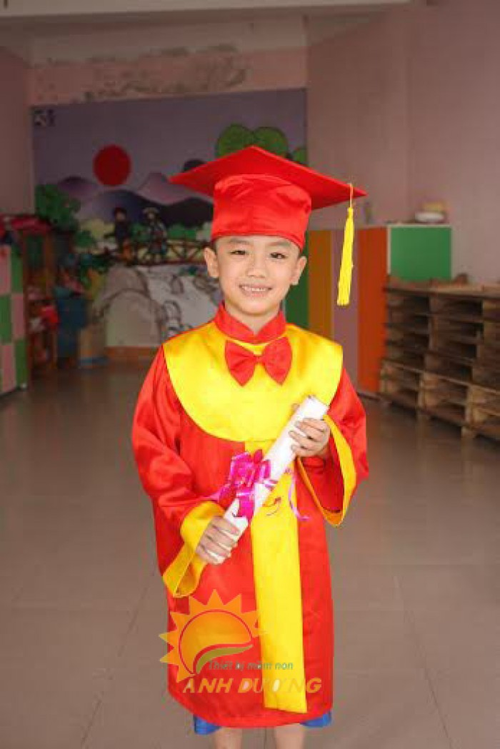Cung cấp lễ phục tốt nghiệp dành cho trẻ em mầm non5