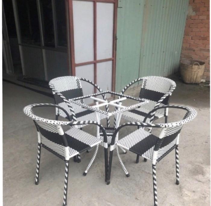 Bàn ghế cafe chuyên sản xuất tại xưởng khách có nhu cầu xin lh mình nha.410