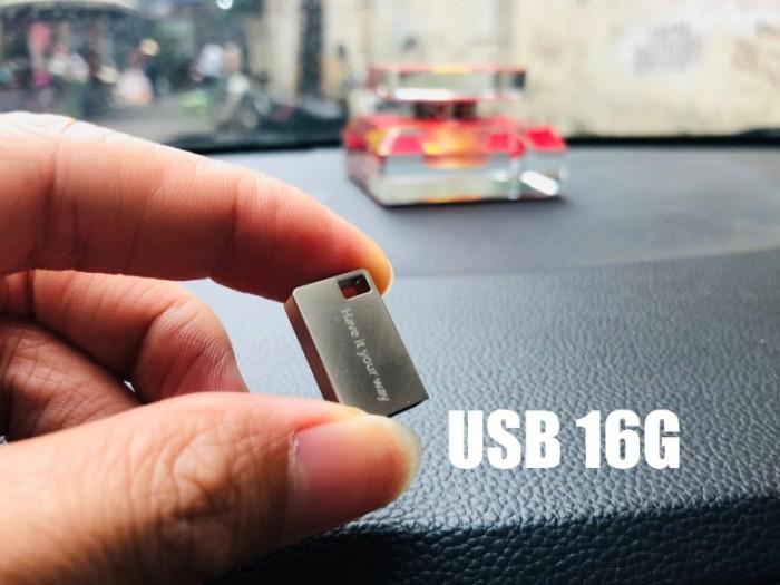 USB 16Gb nghe nhạc xe hơi, giá tốt, khuyến mãi đặc biệt1