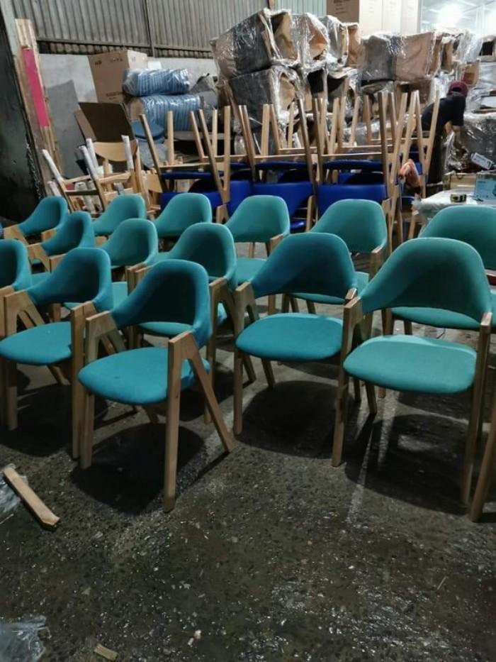 Ghế chữ A gỗ tự nhiên bọc nệm sản xuất bán giá tại xưởng..2