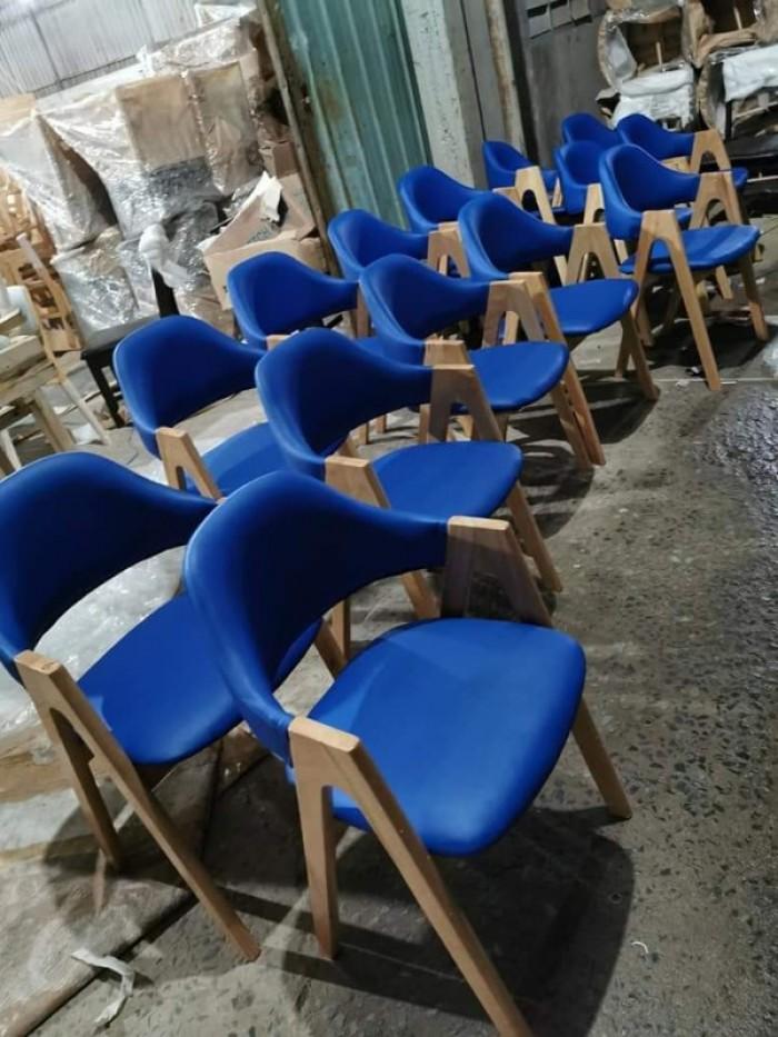 Ghế chữ A gỗ tự nhiên bọc nệm sản xuất bán giá tại xưởng..3