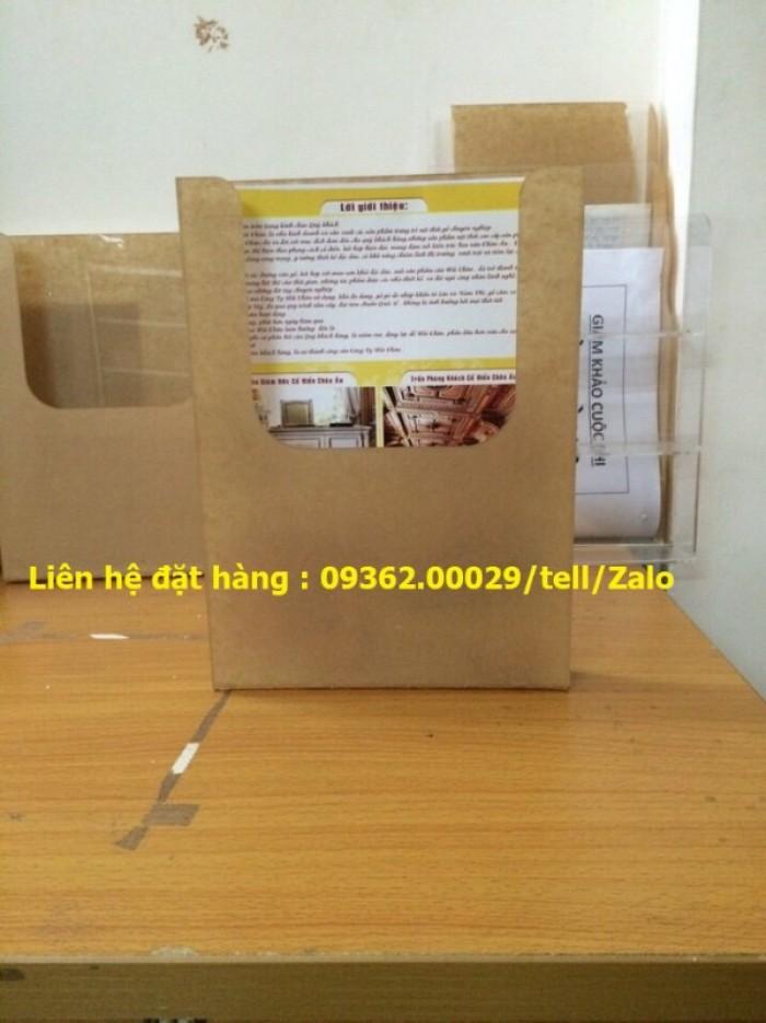 Kệ mica để sản phẩm mẫu trưng bày, kệ đựng tờ rơi , tài liệu A411