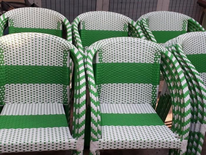 Thanh lý 300 cái ghế nhựa giả mây bảo hành 12 tháng..1