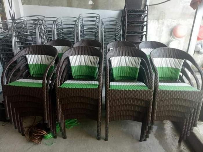 Thanh lý 300 cái ghế nhựa giả mây bảo hành 12 tháng..3