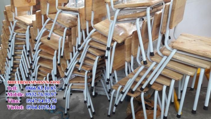 Ghế nhập khẩu, các loại ghế gỗ chân sắt và ghế nhựa tay vịn nhập khẩu đang bán chạy1