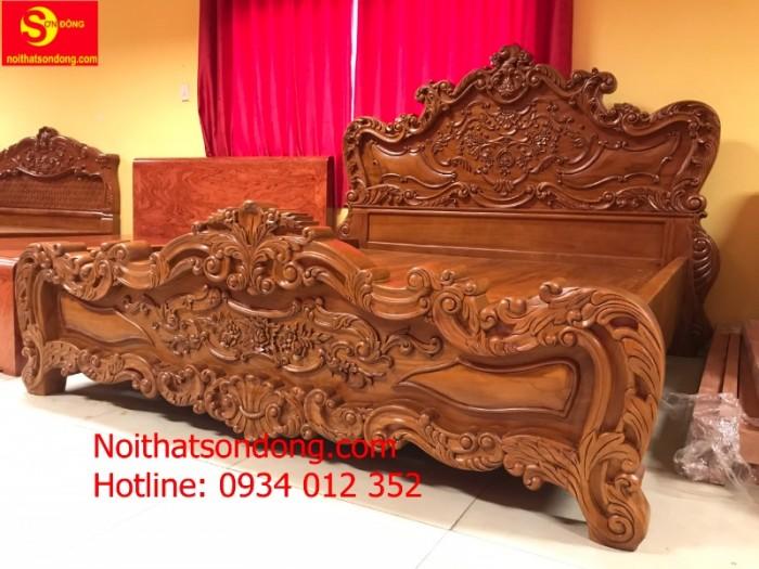 Giường Ngủ cổ điển vip nhất hiện nay tại Tân Phú1